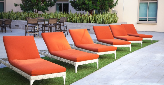 UVN Lounge chairs 20 x1